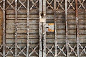 Dirty padlock