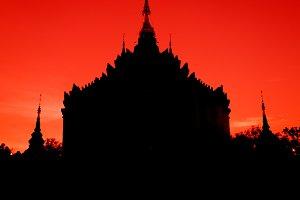 silhouette Pagoda