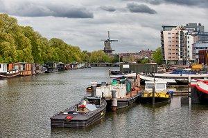 Nieuwevaart Canal in Amsterdam