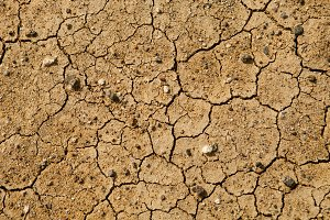 Dry surface