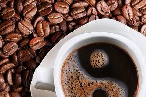 Coffee as a symbol of yin yang.