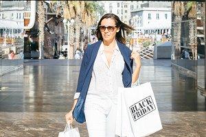 Stylish woman shopping.