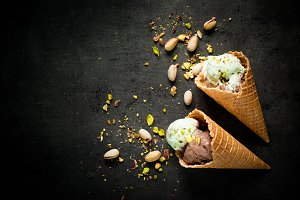 Ice cream with chocolate and pistachios