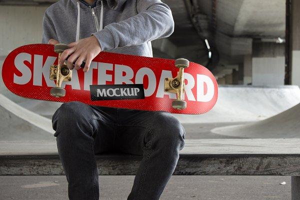Skateboard Mockup - PSD