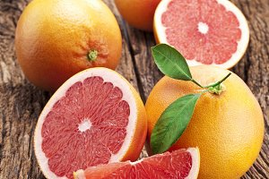 Grapefruit with slices