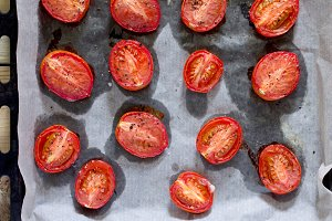 Sun-dried tomatoes - cooking process