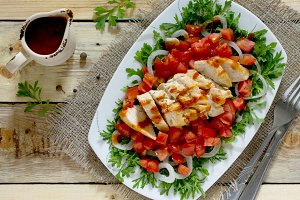 salad of grilled chicken