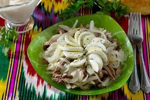 salad with beef, green radish, onion