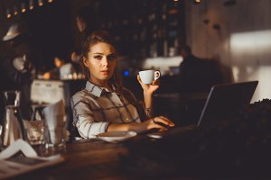 smart blonde woman working