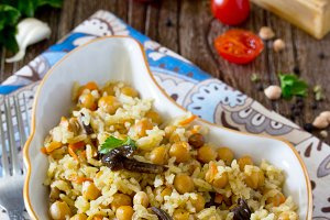 vegetable pilaf with chickpeas