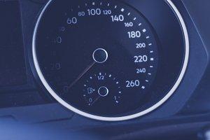 car cockpit interieur speed display
