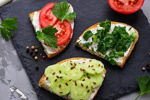 Vegetarian sandwich with vegetable