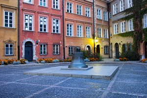 Kanonia Square in Warsaw Old Town