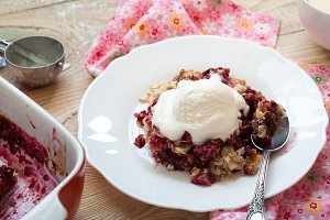 Homemade berry crumble