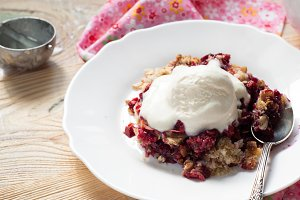 Homemade berry crumble