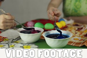 Preparation of Easter eggs