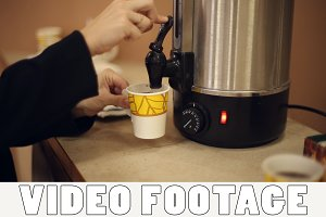 Pour boiling water from a thermos