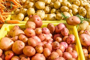 Fresh potatoes at the market
