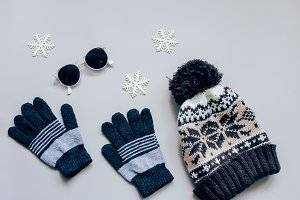 Winter accessories items