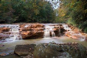Muddy Creek waterfall in autumn