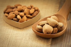 Healthy almonds