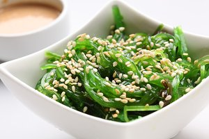 Seaweed with sesame
