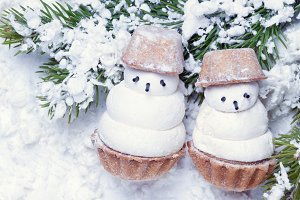 funny snowman couple