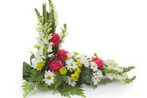 Floral arrangement with snapdragons