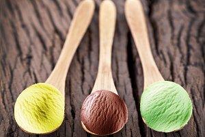 Ice cream balls in spoons