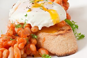 Breakfast - poached egg with toast