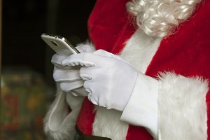 santa claus with the mobile phone