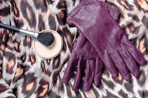 Purple leather women's gloves