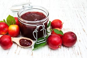 Jam with fresh plums