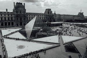 Louvre, La Pyramide