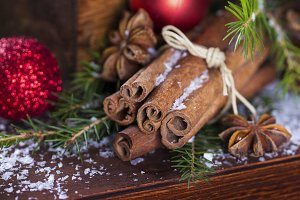 Christmas composition with cinnamon