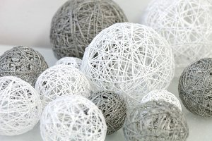 Decoration with wool balls