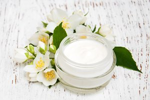 Cream moisturizers