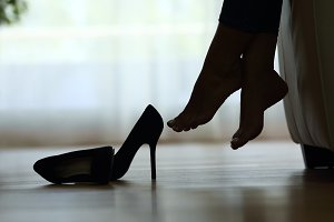 silhouette of a woman feet