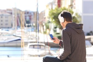 teenager listening music