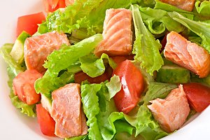 Salad of vegetables and fish