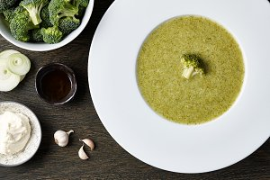Broccoli soup with ingredients