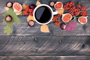 Coffee cup. Autumn card