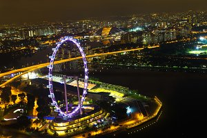 Cityscape Singaroure Marina Bay wheel night lights