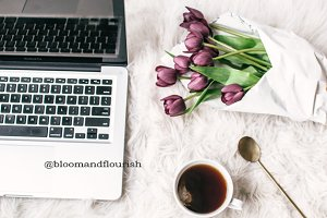 Lifestyle Laptop Flowers