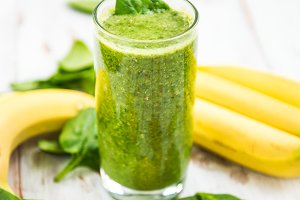 Healthy Green Smoothie from Banana