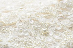 wedding dress lace pearl
