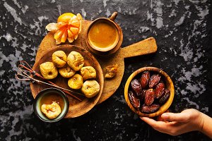 dried fruit: Figs and Dates