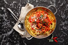 Pasta Spaghetti with Meatballs