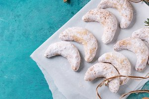 Christmas cookies crescent
