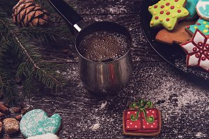 Gingerbreads and coffee